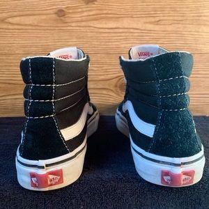 Vans Shoes - Vans Unisex Black Chukka Men Sz 7